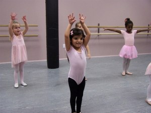 dance-695198_640