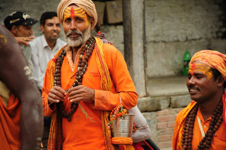sadhus at pashupatinath