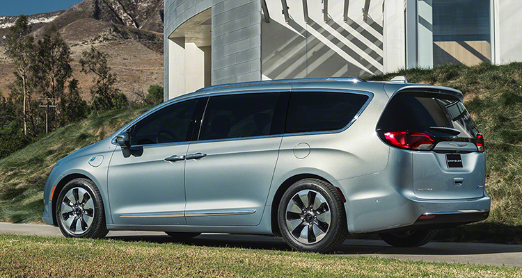 2017 Chrysler Pacifica Aims To Reinvent The Minivan