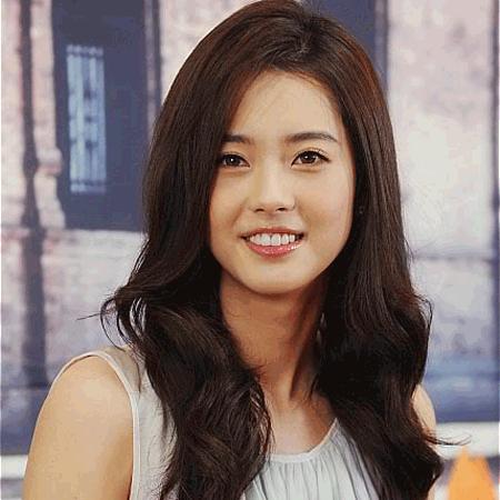go ara bio acting movies married boyfriend plastic surgery ethnicity