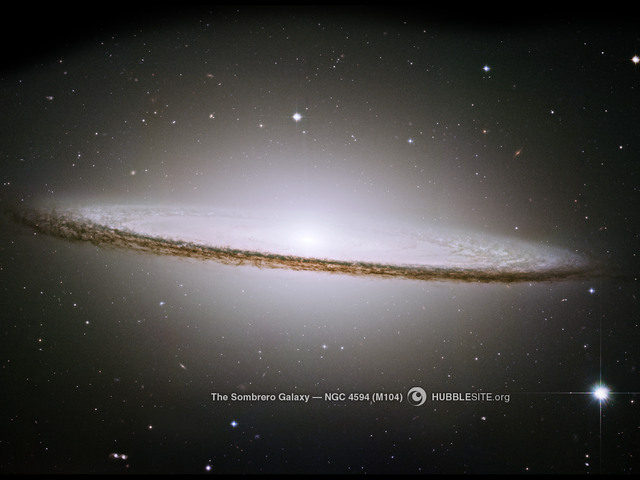 M104 Fonte: Hubble Heritage Project