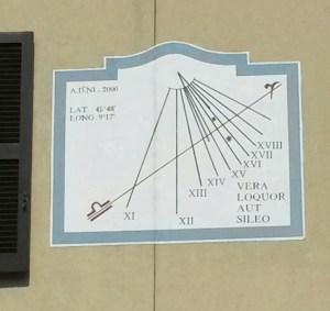Orologio solare - Bosisio Parisi (LC)