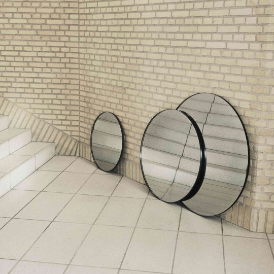 Miroir Circum Noir 70xH2cm