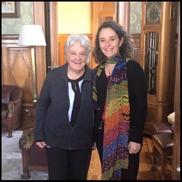 La presidenta de la Republica Lucia Topolansky destacó en su cuenta de Facebook la responsabilidad de trabajar junto a Patricia Ayala