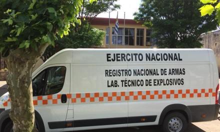 Trabaja en Artigas la oficina móvil del registro nacional de armas