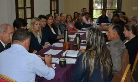 SE REUNIÓ EL GABINETE DE LA INTENDENCIA DE ARTIGAS EN CASA DE GOBIERNO