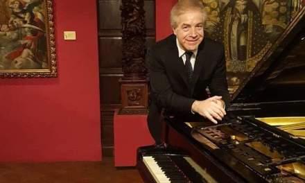 EL RECONOCIDO PIANISTA ARTIGUENSE MIGUEL LECUEDER REALIZARÁ UN CONCIERTO EN EL AUDITORIO VAZ FERREIRA DEL SODRE