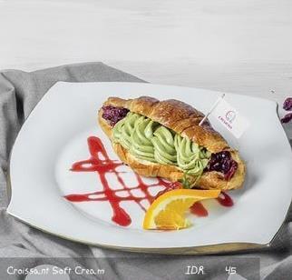 MSQ Cremeria - Croissant Soft Cream