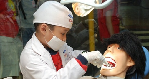 dokter gigi kidzania