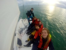 Encadré par notre skipper occasionnel, Laetitia, Etienne, Rémi, Charlotte et Gaétan