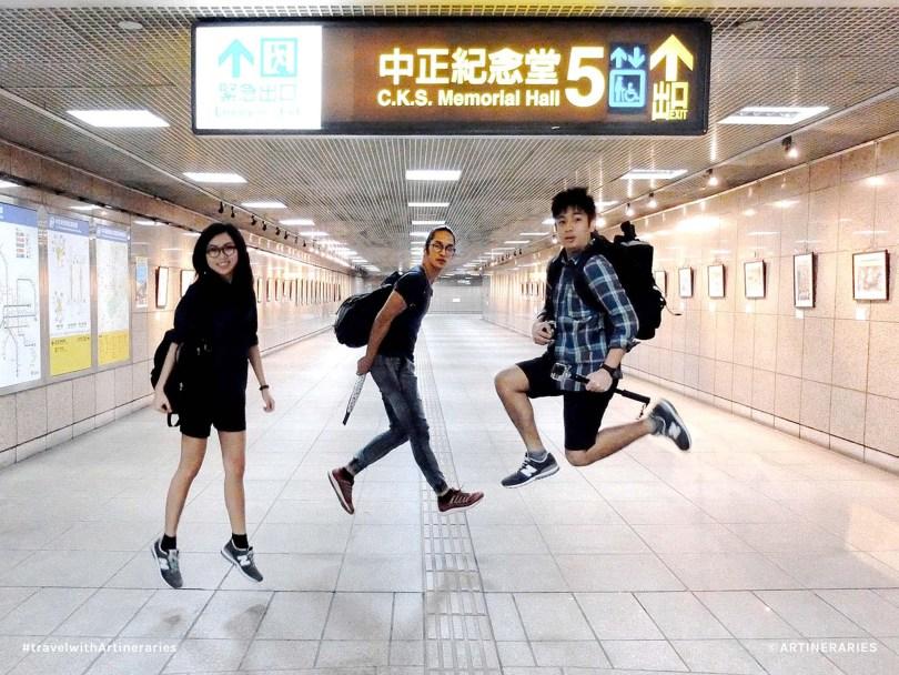 Goofing around Ximen Station on the way to Chiang Kai Shek Memorial Hall