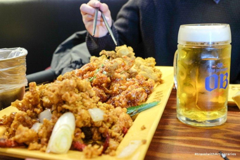 Can't miss trying out the famous chicken and beer combo when in Seoul. / Photo by Ivan Angelo