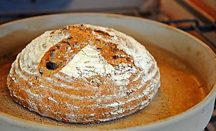 2-slashed-boule-after-baking.jpg