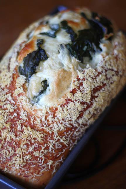 garlic-chard-bread06