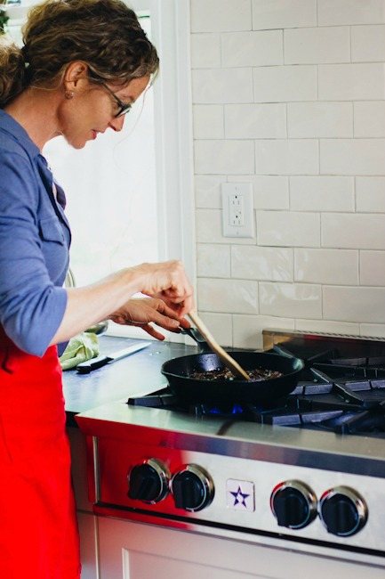 Zoë François Cooking Fig Compote on the Stovetop   Artisan Bread in Five Minutes a Day