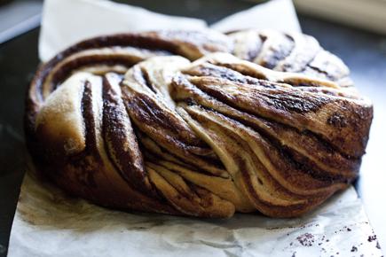 crock pot swirl bread 11