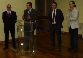 Manuel SERDAN (imprimerie Art et Caractères), Thierry Carcenac (Député du Tarn), Philippe TERRANCLE (Directeur de Editions Privat) et Alain BASCHENIS (photographe)