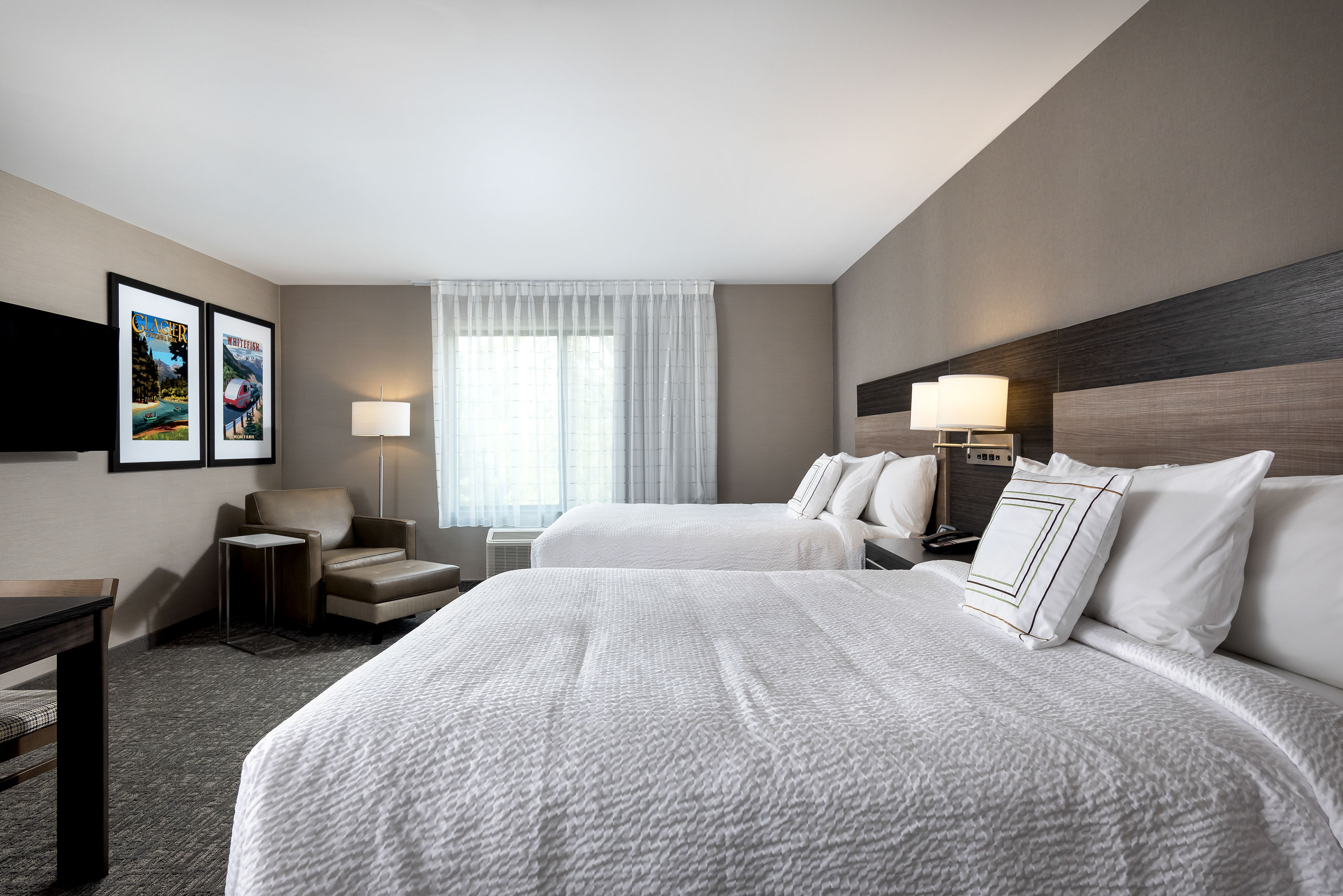 Towne-place-suite-marriott-hotels-towneplace-hotel-whitefish-montana-Double-bed