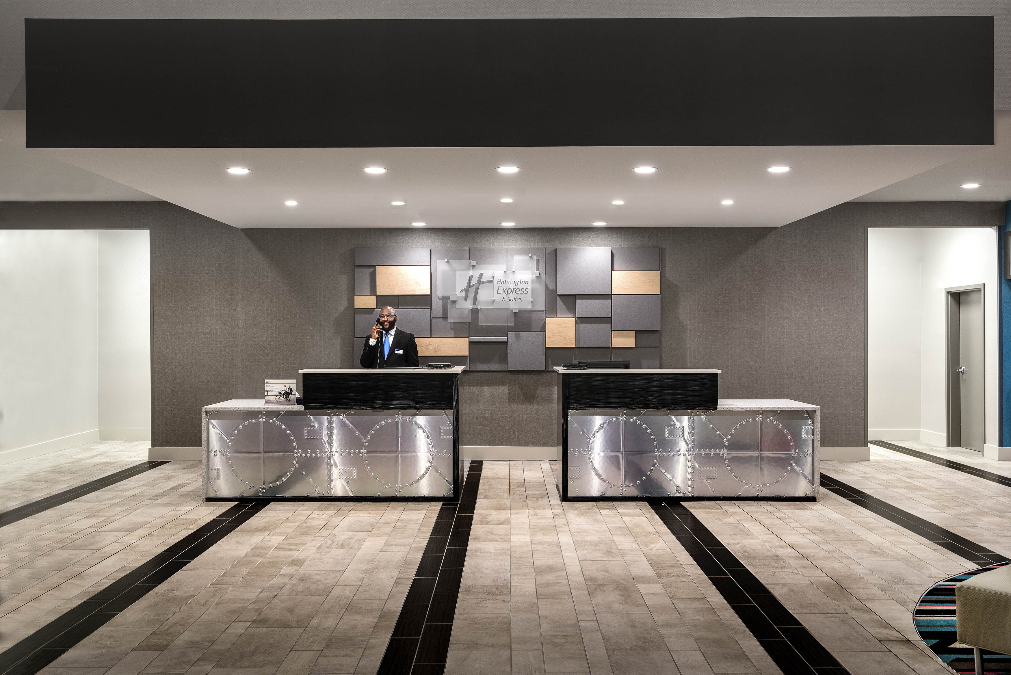 holiday-inn-express-charlotte-nc-artisan-row-studio-front-desk-agent