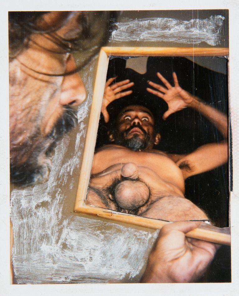Francisco Toledo, Autorretrato 22, 1995, Polaroid manipulada,10,16 x 20,6 cm. Cortesía: Galería Juan Martín-Galería Quetzalli | Ciudad de México - Oaxaca