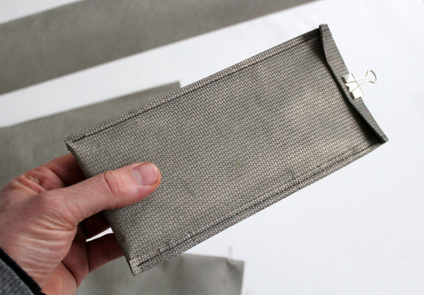 killyourphone-pouch-1