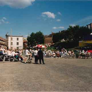La Sinfonia en concert à l'Îlot Fleurie Circa 1992 Louis Fortier, Collection personnelle.