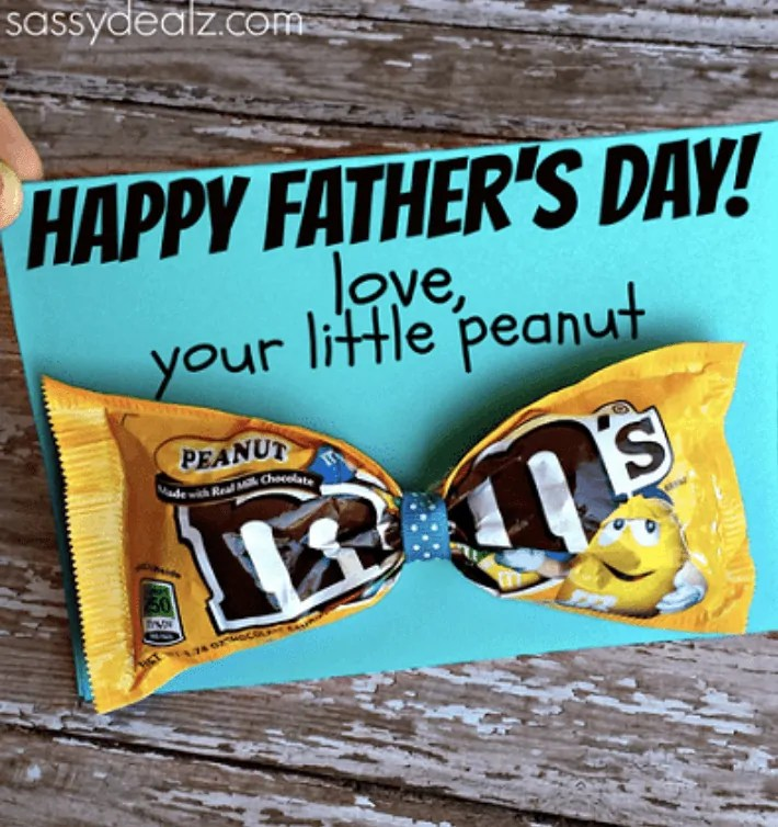 M&M Bow Tie Father's Day Card Idea
