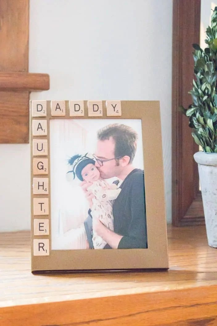 fathers-day-picture-frame-practically-functional-1522687958
