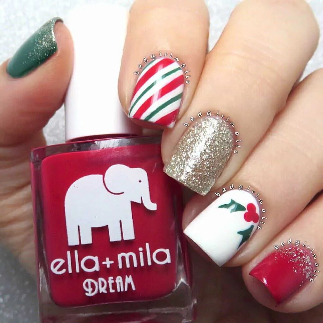 15+ Christmas Nail Ideas You Must See! 27