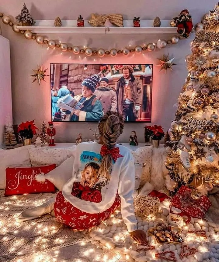 30 Christmas Aesthetic Images you must see: WARNING you will get Christmas mood INSTANTLY! 109