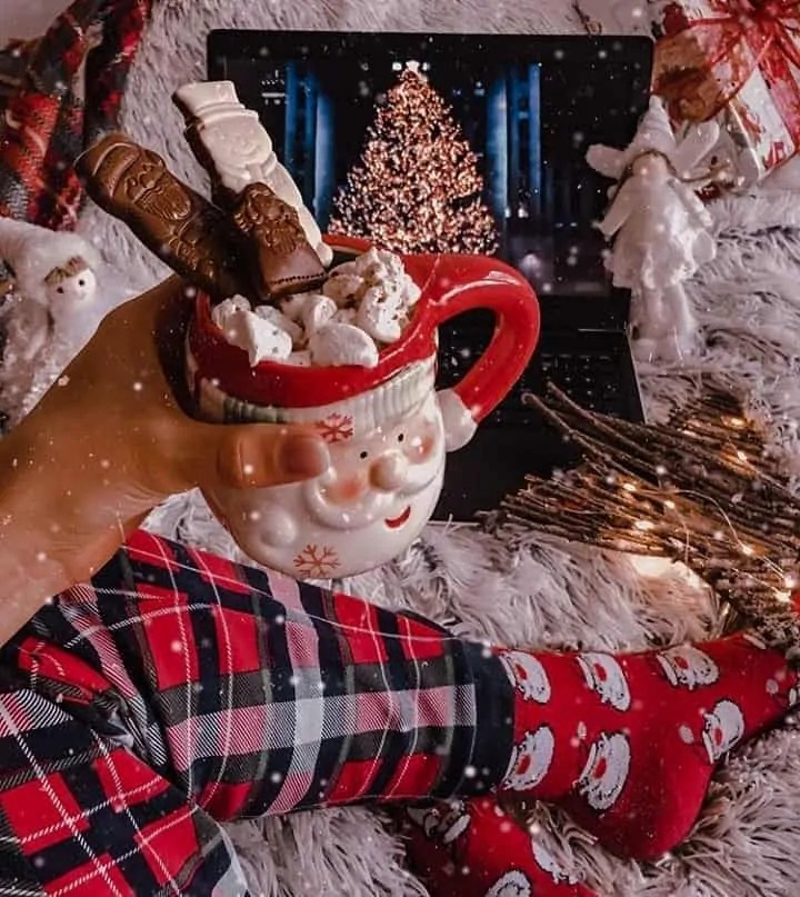 30 Christmas Aesthetic Images you must see: WARNING you will get Christmas mood INSTANTLY! 49