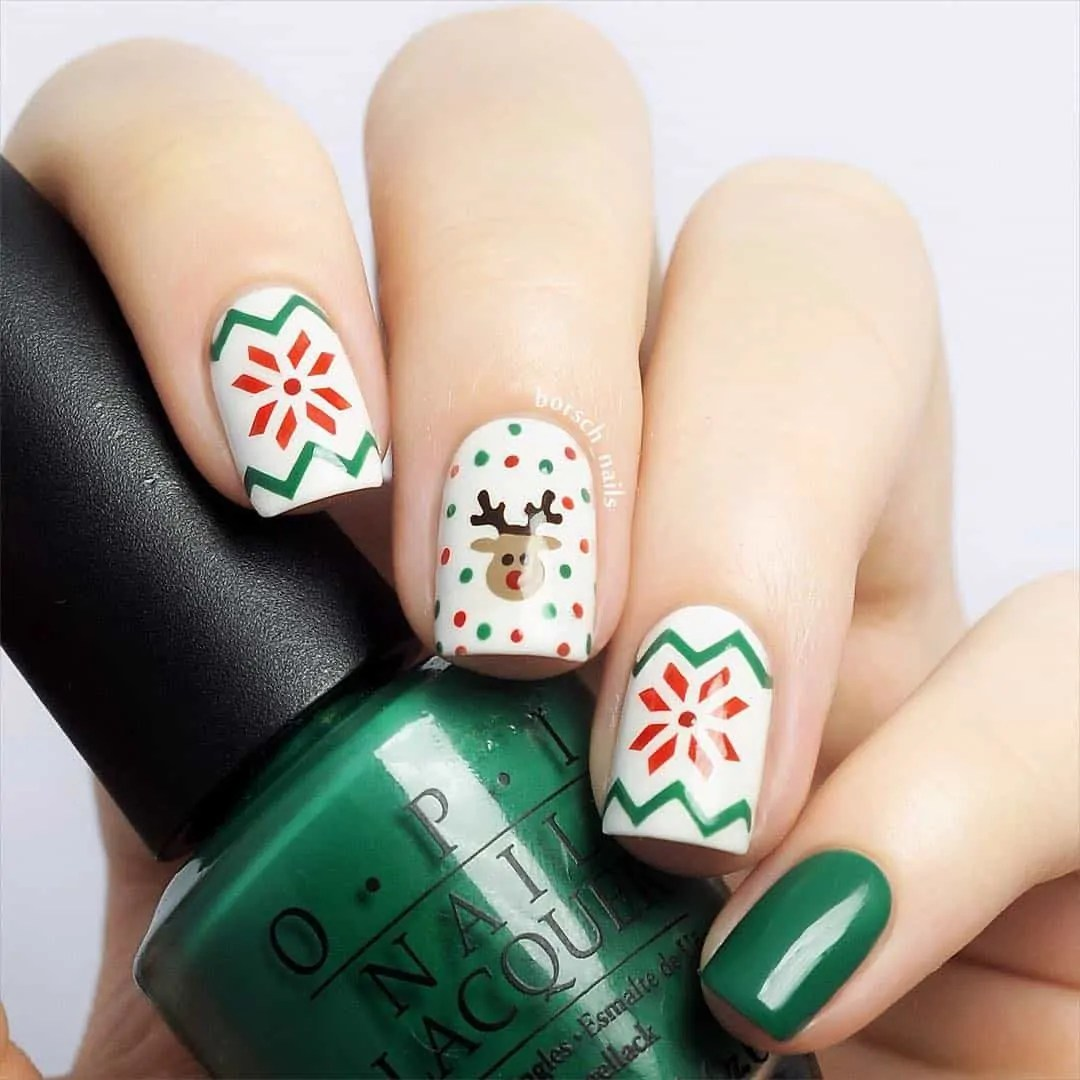 15+ Christmas Nail Ideas You Must See! 25