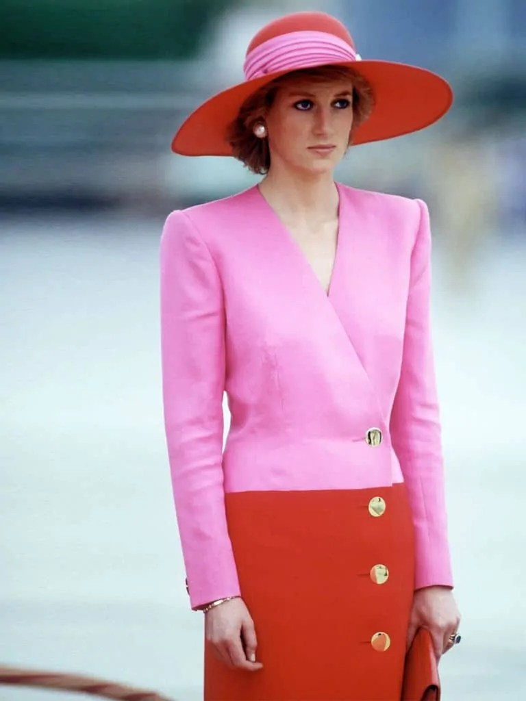 Princess Diana's Style: 150 Of The Most Iconic Princess Diana Fashion Moments 1