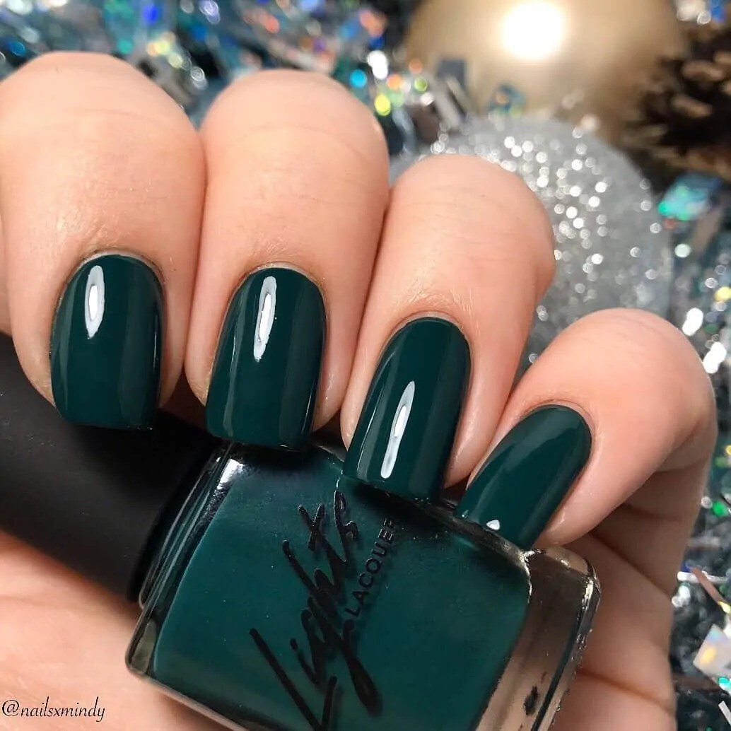 15+ Christmas Nail Ideas You Must See! 43