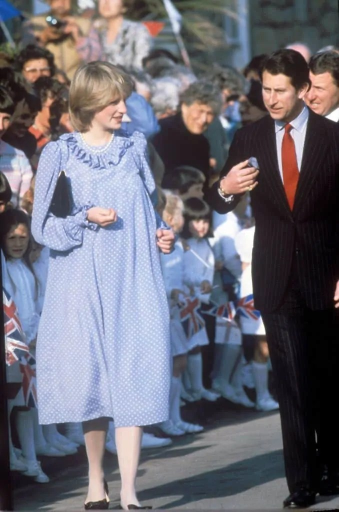 Princess Diana's Style: 150 Of The Most Iconic Princess Diana Fashion Moments 253