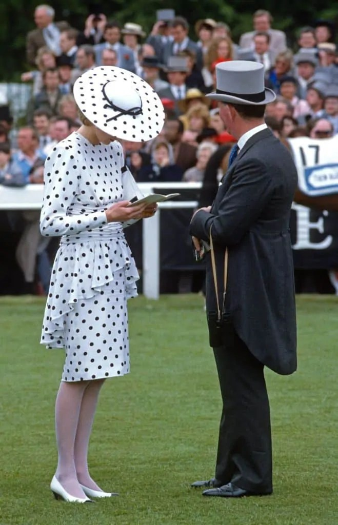 Princess Diana's Style: 150 Of The Most Iconic Princess Diana Fashion Moments 287