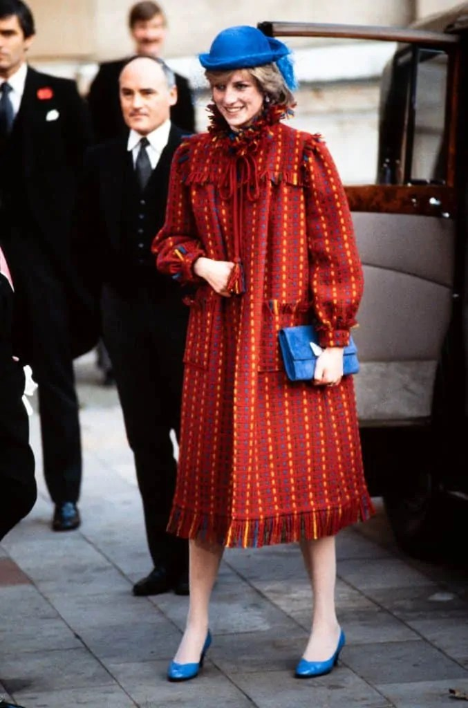 Princess Diana's Style: 150 Of The Most Iconic Princess Diana Fashion Moments 295