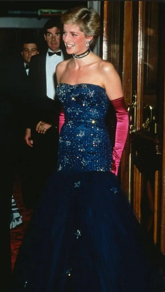 Princess Diana's Style: 150 Of The Most Iconic Princess Diana Fashion Moments 297