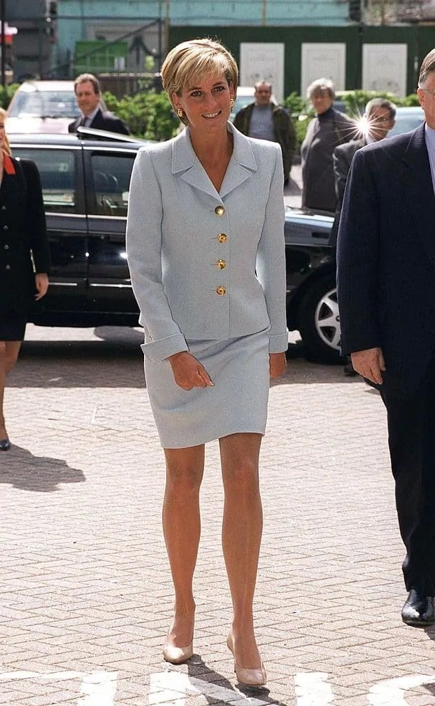 Princess Diana's Style: 150 Of The Most Iconic Princess Diana Fashion Moments 49