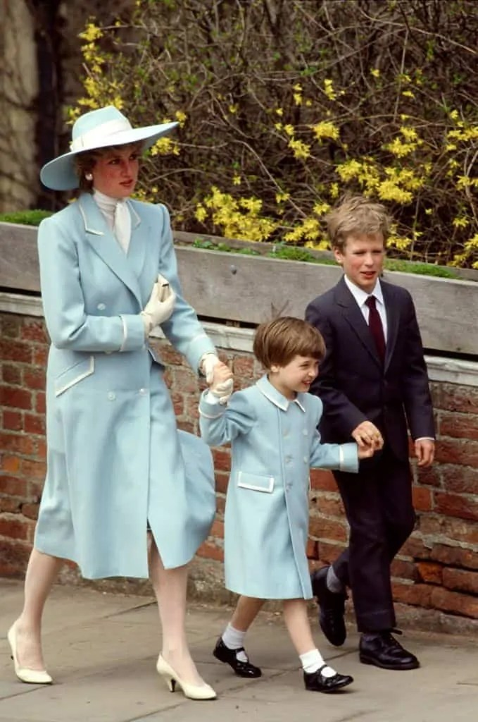 Princess Diana's Style: 150 Of The Most Iconic Princess Diana Fashion Moments 69