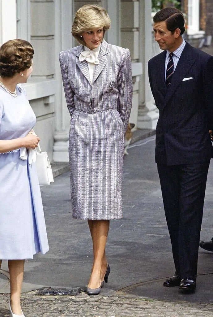 Princess Diana's Style: 150 Of The Most Iconic Princess Diana Fashion Moments 105
