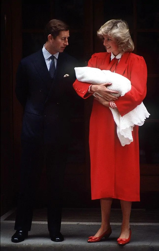 Princess Diana's Style: 150 Of The Most Iconic Princess Diana Fashion Moments 131