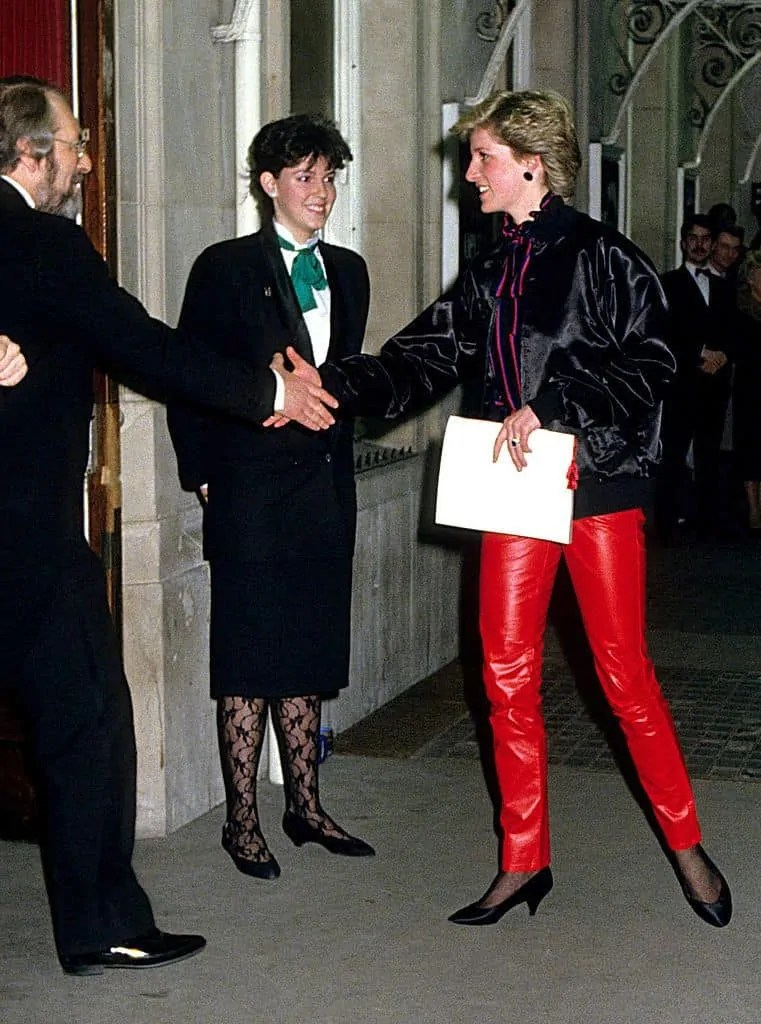 Princess Diana's Style: 150 Of The Most Iconic Princess Diana Fashion Moments 177