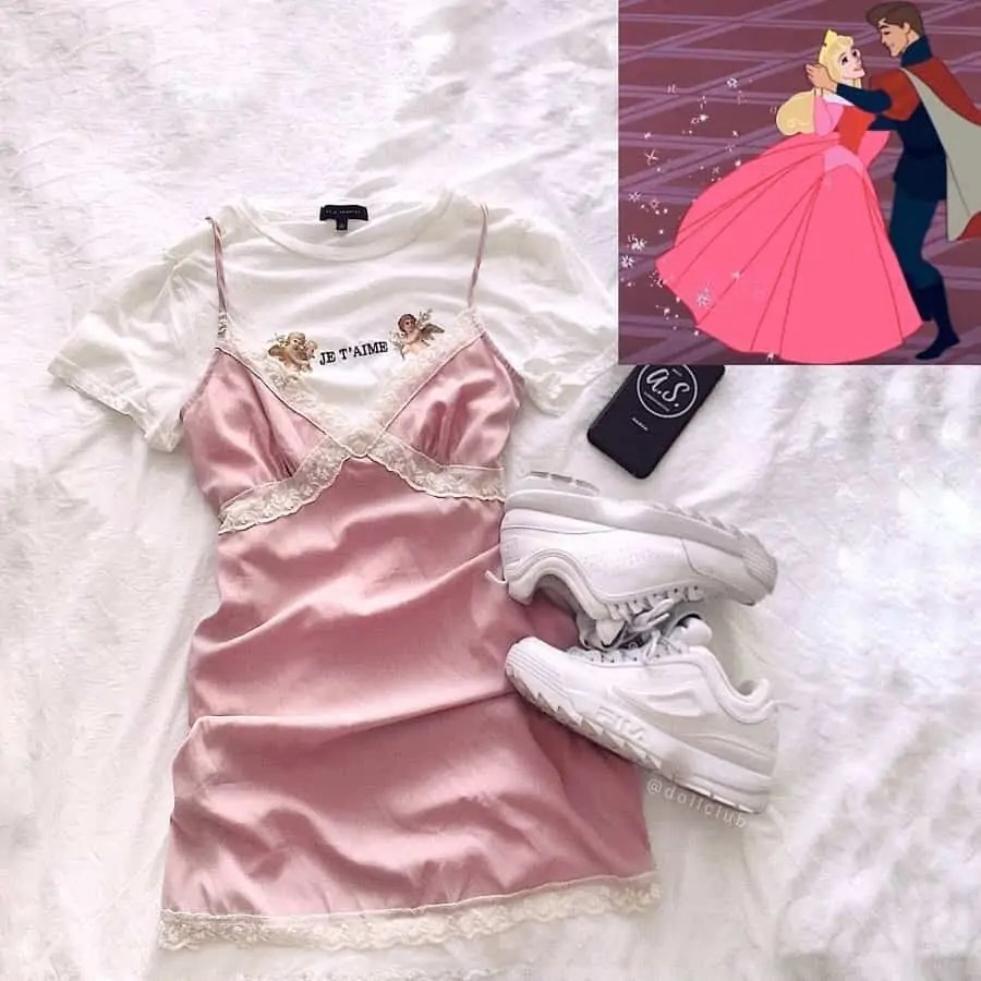 30+ Outfits Inspired by Disney that you have to see! 63