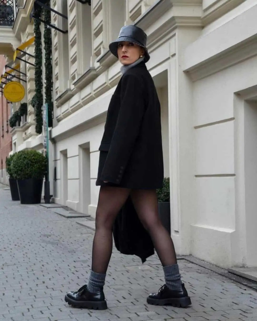 All black outfit ideas that you have to see - ultimate inspo guide 91