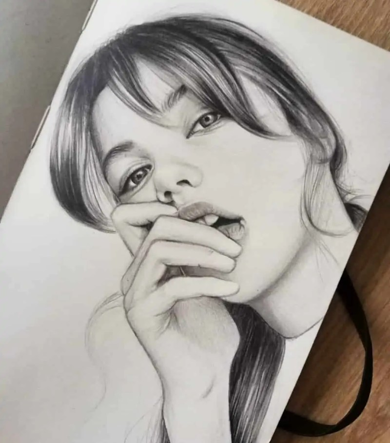 100+ Stunning Realistic Portrait Drawings 57