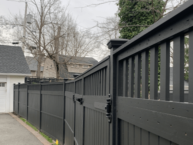 #222 Black Painted Closed Top Wood Fence