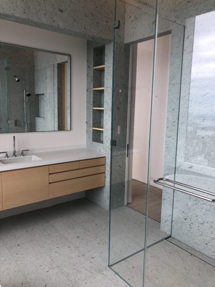 432 Park Ave bath 2 shower and vanity