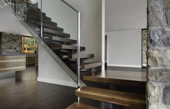 Current Trends Modern Staircase Systems Using Glass And | Steel Stair Railing With Glass | Stair Residential Building | Free Standing | Tempered Glass | Steel Pipe | Floor Mounted Glass