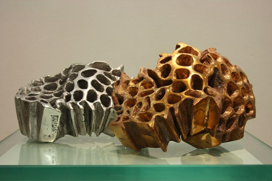 Title:WHISPERS Medium:bronze, aluminum Size:13x19x14cm; 11x19,5x13cm